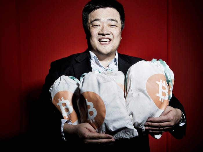 What Is Bobby Lee's net worth?